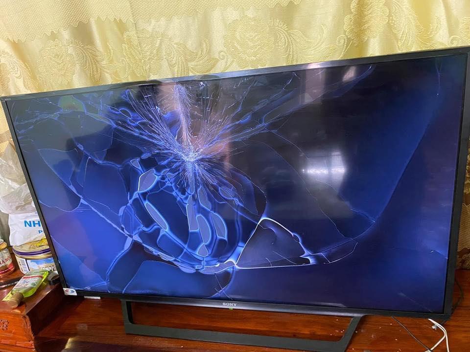 Dịch Vụ Thu Mua Tivi Sony Hư Bể Tại Nhà Quận Tân Bình Giá Cao