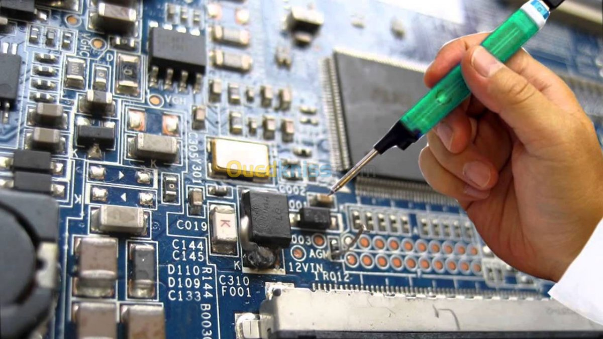 Dịch vụ sửa tivi Sharp Tận Nhà HCM